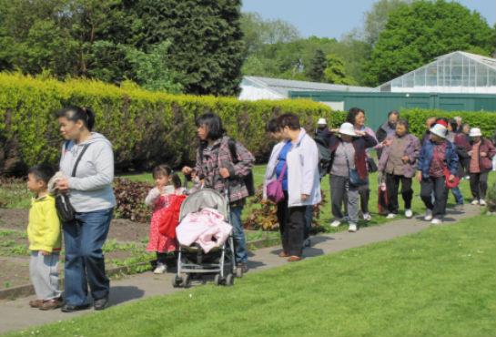 Children & Parents Walking to Health