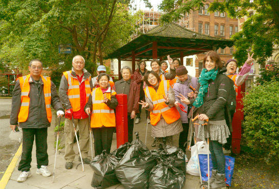 Litter Pick in Chinatown Manchester